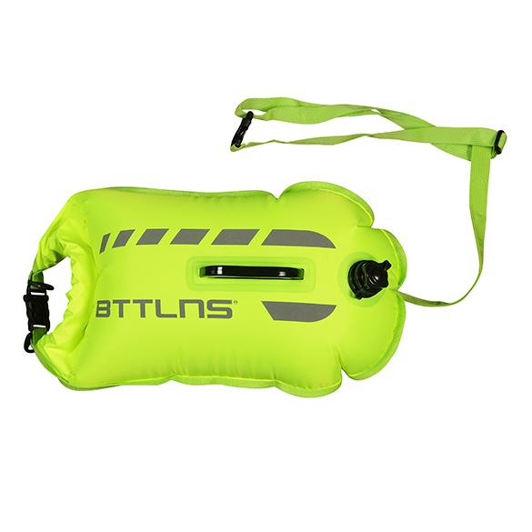 BTTLNS Amphitrite 1.0 saferswimmer zwemboei 20 liter groen  06200020-044